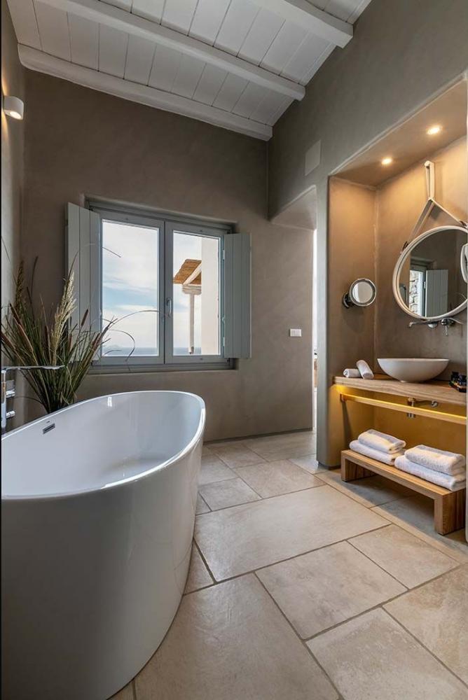 Mykonos Bliss Hotel - Image 7