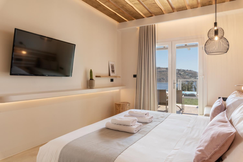 Sea View Residence Mykonos - Image 8